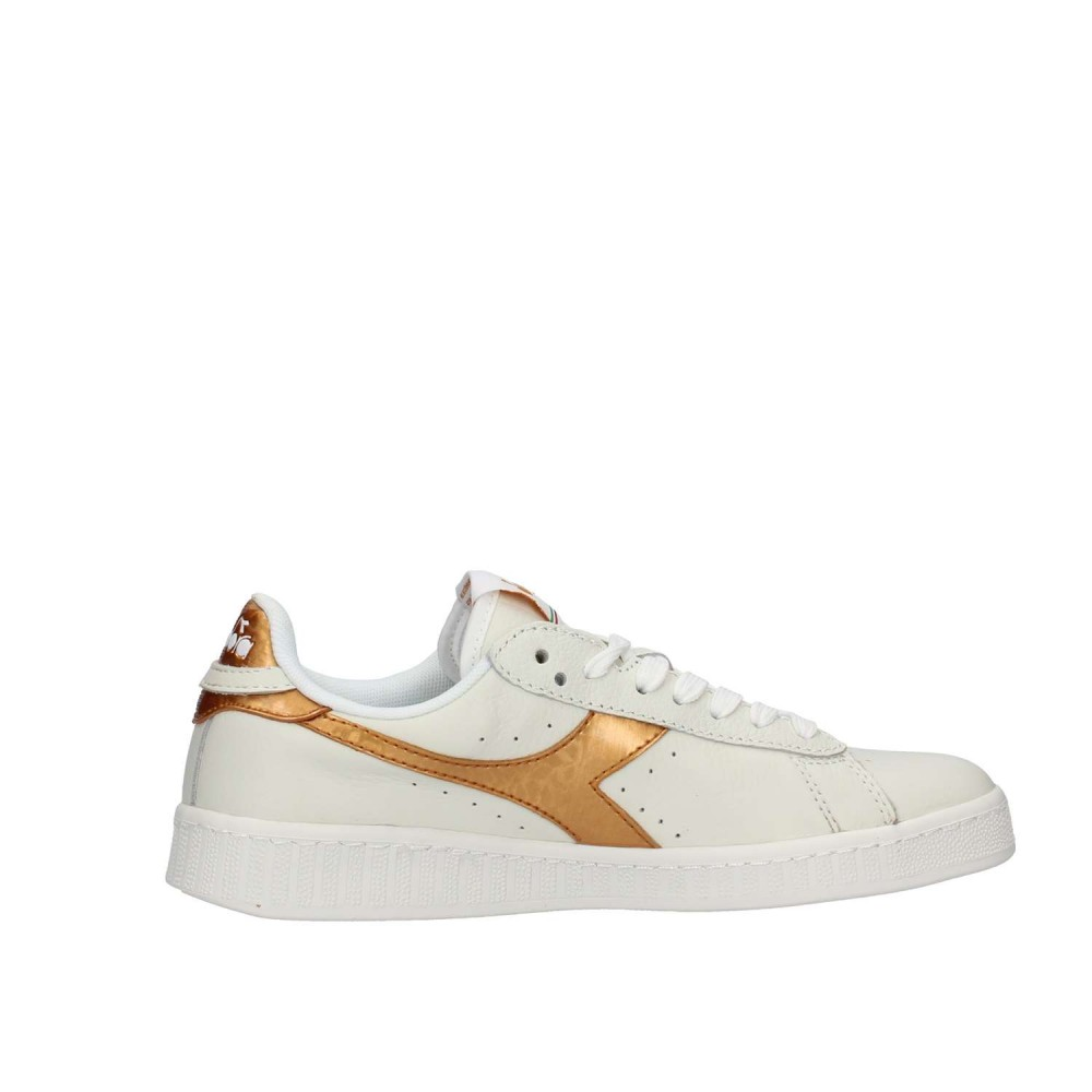 Acquista Diadora Donna Alte Off41 Sconti rrAUqF 3719b154598