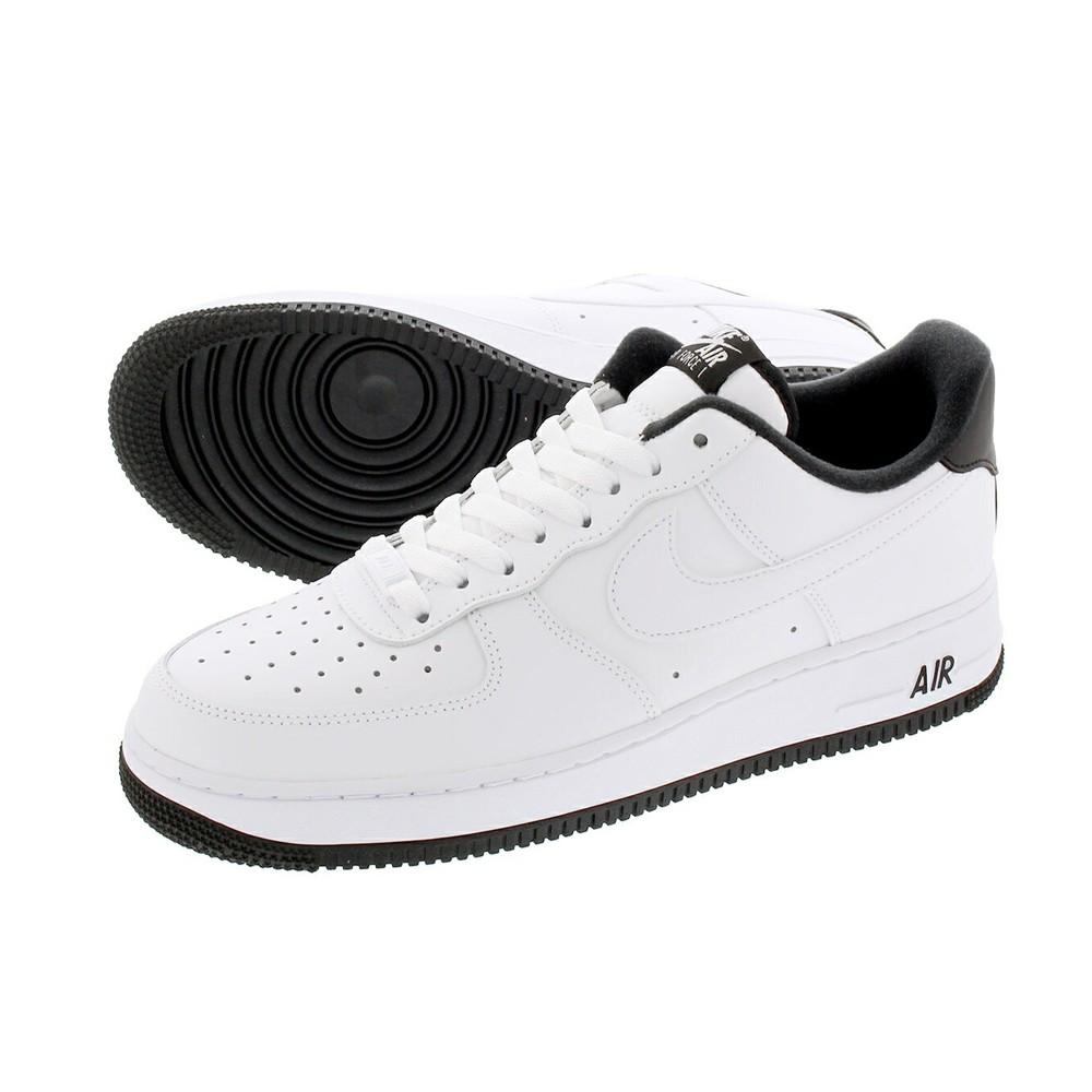 Nike Sneakers Air Force 1 07 1 Bianco Nero Uomo Acquista