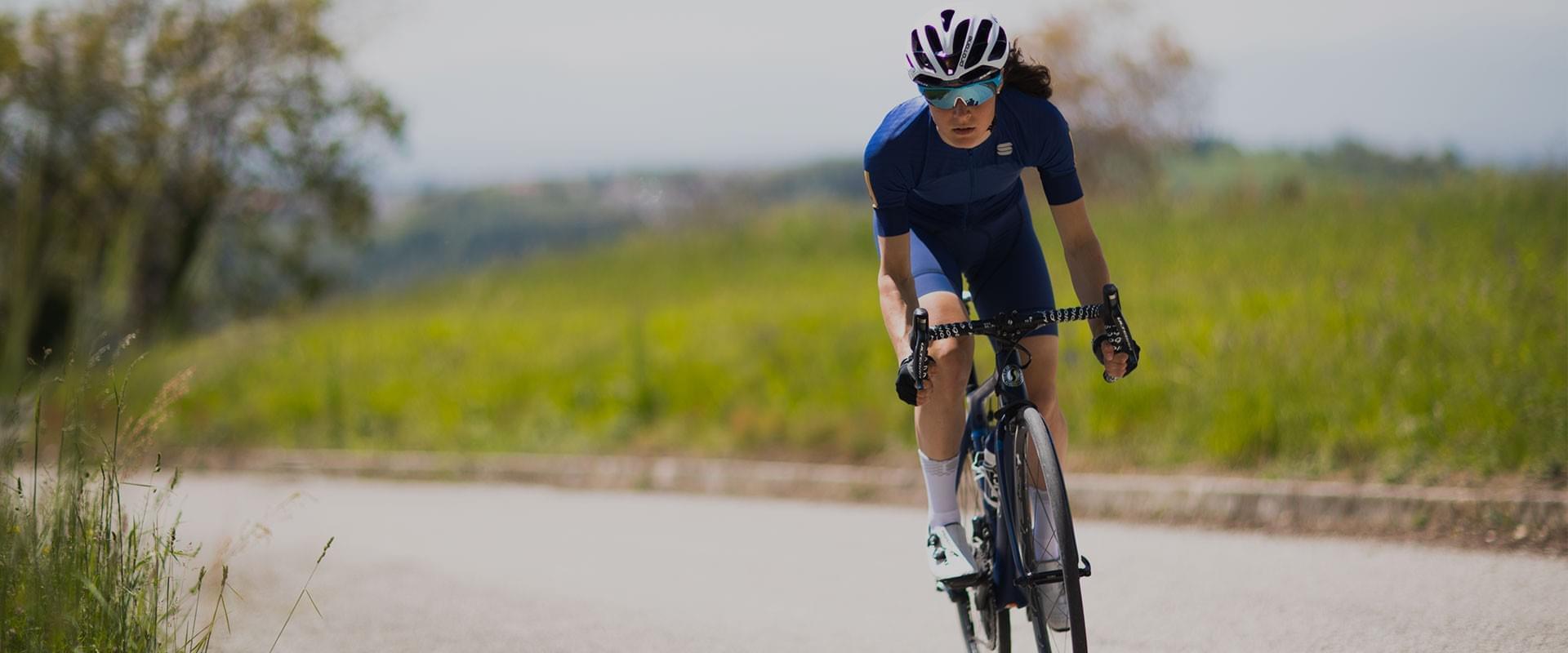 Scopri tutte le offerte dedicate all'abbigliamento ciclismo strada e MTB